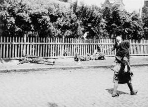 1933, νεκροί και λιμοκτονούντες στο Χάρκοβο, πρώτη πρωτεύουσα της Σοβιετικής Ουκρανίας, στη διάρκεια του Μεγάλου Λιμού